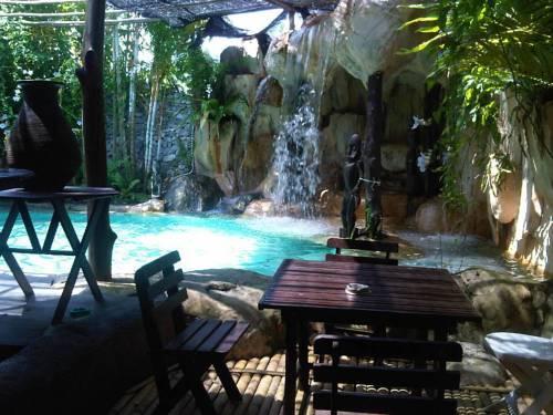 Secret Sanctuary Boutique Hotel Kuching - dream vacation