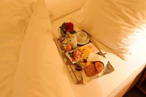 Hotel Santin Belchatow - dream vacation