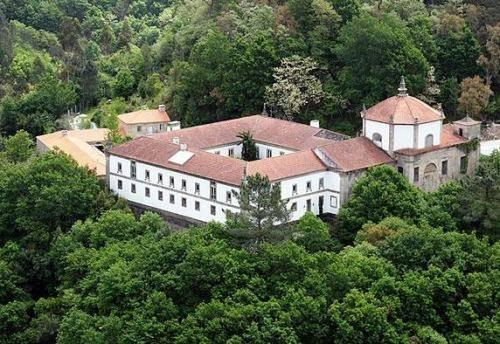 Mosteiro de Sao Cristovao de Lafoes - dream vacation