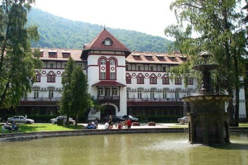 Caraiman Hotel Sinaia - dream vacation