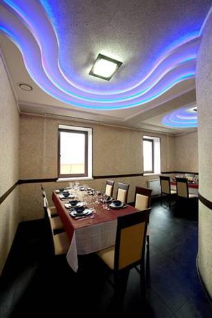 Ресторанно-гостиничный комплекс Ла Мезон