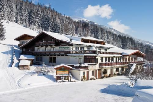Jugend und Familienhotel Venedigerhof - dream vacation