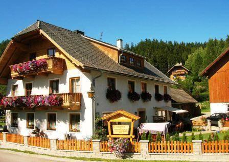 Tonimortl Farmhouse Apartment Mariapfarr - dream vacation