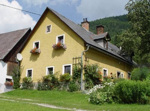 Bauernhof Hintergrabenbauer - dream vacation