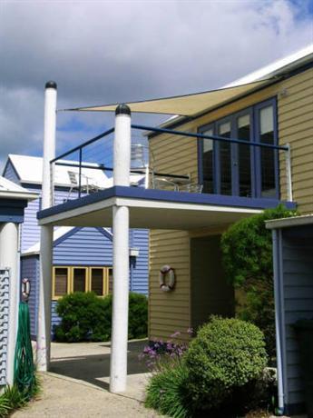 Photo: Rayville Boat Houses