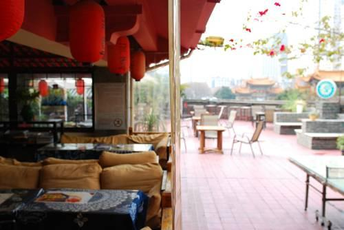 The Hump Hostel - dream vacation