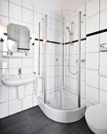 Hotel Spa Am Oppspring Mulheim An Der Ruhr Compare Deals
