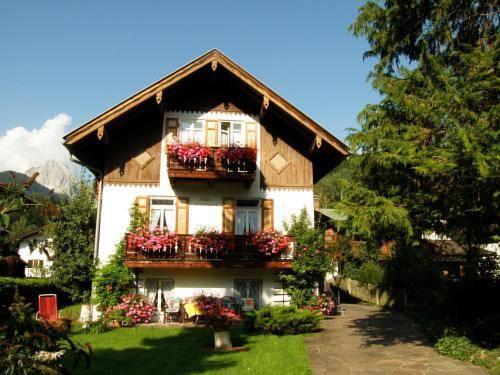 Ferienhaus Schweigart Hotel Mittenwald - dream vacation