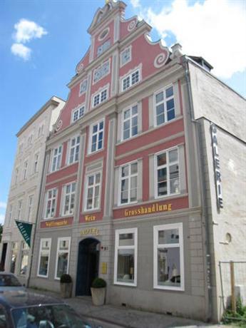 Haus Wullfcrona Stralsund - dream vacation