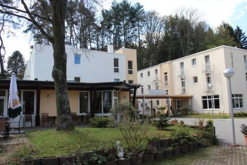 Schroeders Stadtwaldhotel Trier - dream vacation