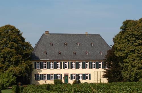 Weignut Baron Knyphausen Hotel Eltville am Rhein - dream vacation