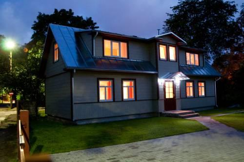 Parna Guesthouse & Apartments - dream vacation