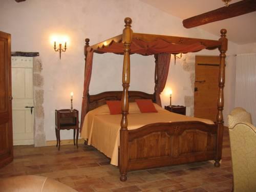 Commanderie Templiere de Launac-Le-Vieux - dream vacation
