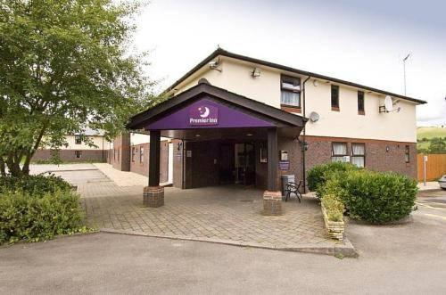 Premier Inn Corbetts Lane Caerphilly - dream vacation