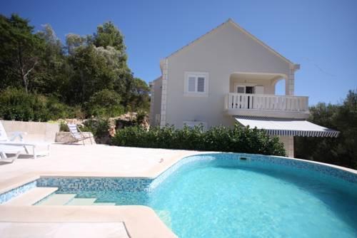 Apartments Valeria - dream vacation