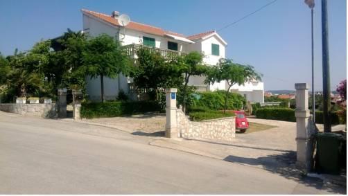 Apartments Milena Vodice - dream vacation