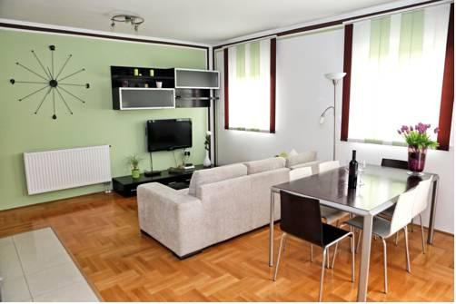 Apartments Nika - dream vacation