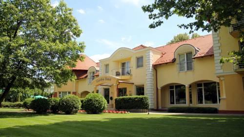 Garden Hotel Wellness es Konferencia - dream vacation