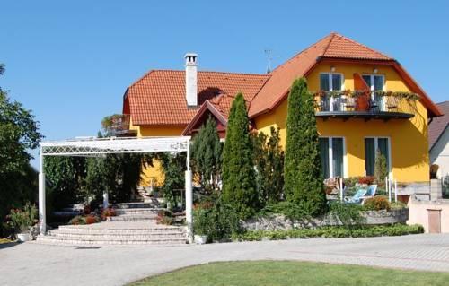 Judit Panzio Gyulakeszi - dream vacation