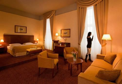Hotel Magyar Kiraly - dream vacation