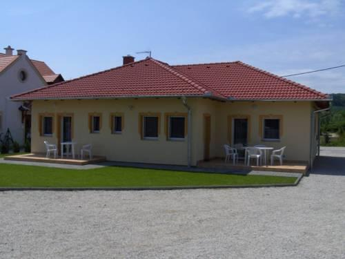 Petra Apartmanhaz - dream vacation