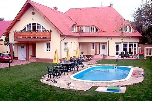 Kunszler Apartmanhaz - dream vacation