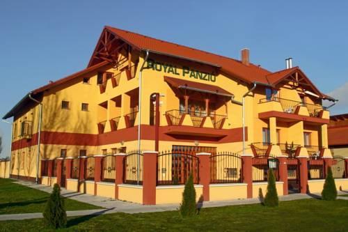Hotel Royal Panzio Cserkeszolo - dream vacation