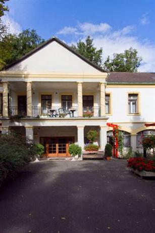 Erdofenye Kastely Szallo - dream vacation