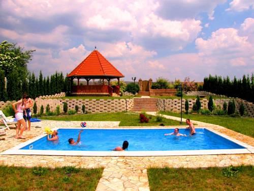 Bella Vendeghaz Villany - dream vacation