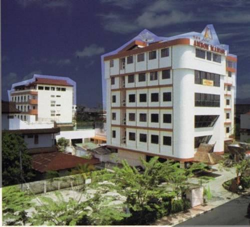 아만스 호텔