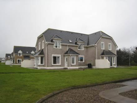 Moore Bay Holiday Homes Kilkee - dream vacation