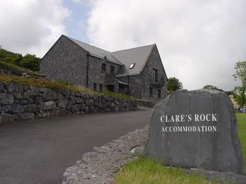 Clare\'s Rock Hostel Budget B&B - dream vacation