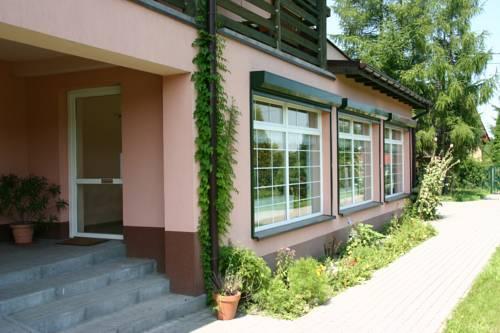 W Starym Ogrodnictwie Guesthouse Gliwice - dream vacation