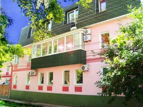 Guest House on Suvorovskyy Spusk - dream vacation