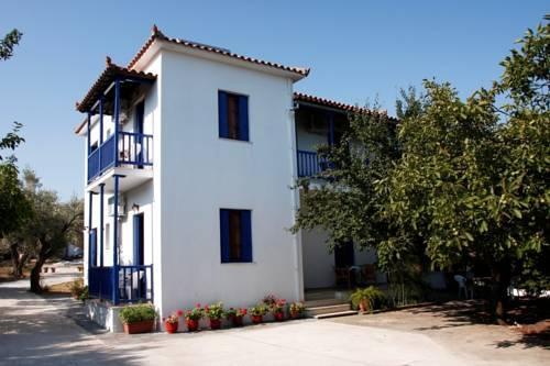 Christinis Rooms - Skopelos -
