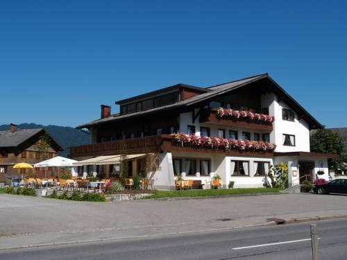 Gasthof Pension Lowen - dream vacation
