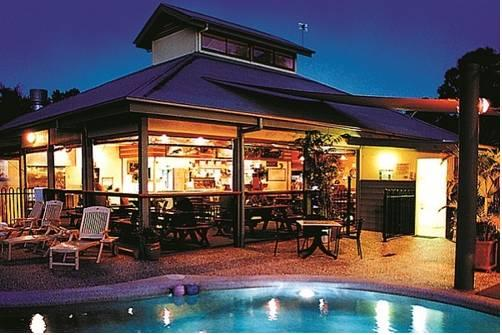 Photo: Colonial Village Cabins Camping & Tours - Hervey Bay YHA