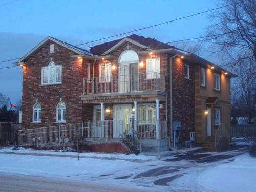Two Rivers Bed and Breakfast Niagara by Elevate Rooms