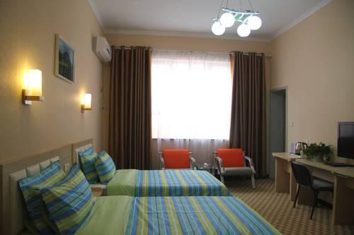 Super 8 Hotel Kashi People\'s Square Branch - dream vacation