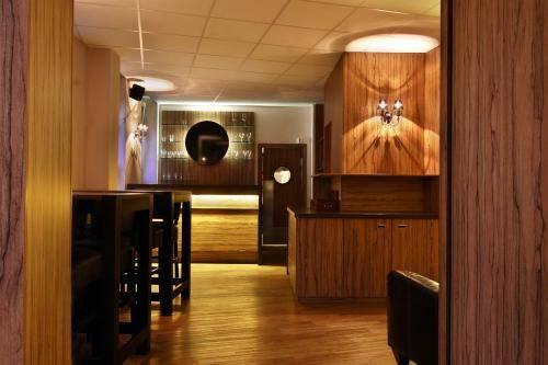 Hotel Zum Lowen Duisburg - dream vacation