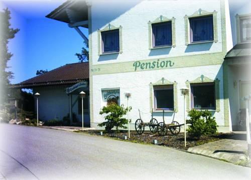 Pension Grubhugel Stuben Regen - dream vacation