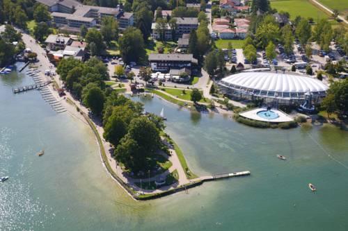 Hotel Schlossblick Chiemsee - dream vacation