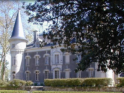 chateau belle epoque chambres d 39 hotes et gites linxe compare deals. Black Bedroom Furniture Sets. Home Design Ideas