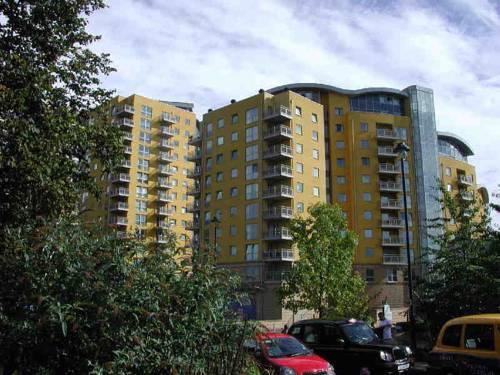Urban Abode Hotel Basingstoke - dream vacation