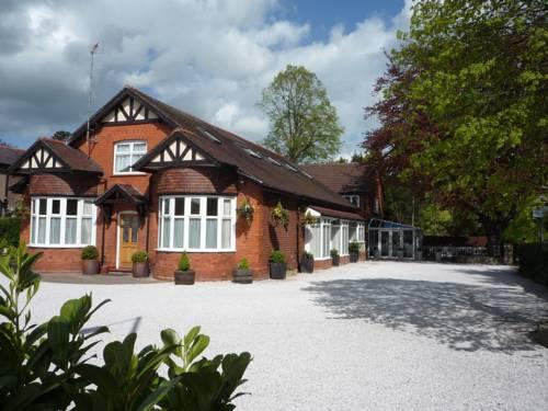 Grove Guest Hotel Wrexham - dream vacation