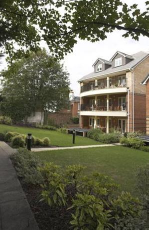 Westlands House Apartments Basingstoke - dream vacation