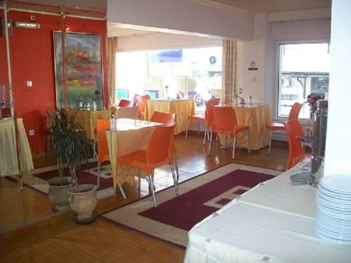 Triton Hotel Piraeus - dream vacation