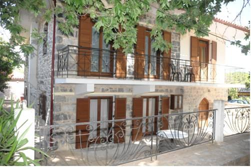 GuestHouse Iris Sparti - dream vacation