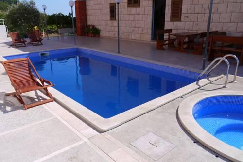 Villa Ana Bol - dream vacation
