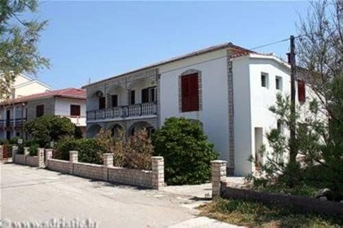 Apartments Kaurloto - Pag -